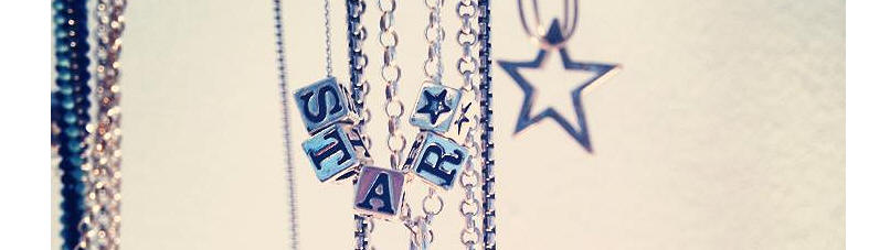 Jacy and Jools star block necklace