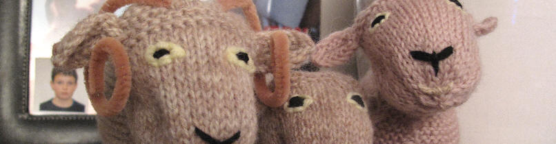 Woolly Sheep family by The Mum